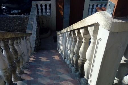 PETRČANE - kamena kuća u centru mjesta - 120m od mora