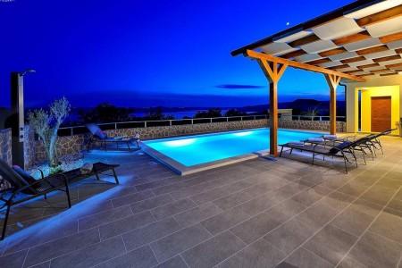 Prekrasna kuća sa bazenom - Maslenica pokraj Zadra