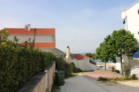 Zadar - Petrčane - 20m od mora - 54,38m2 sa vrtom od 112,96m2