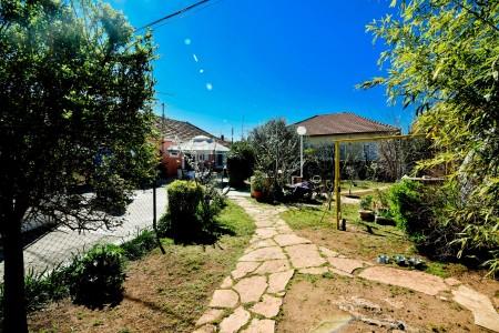 Zadar - Arbanasi - Idilična kamena kuća 130m2 na zelenoj oazi od 612m2