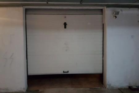 TOP LOKACIJA! Trosoban 97,81m2, zatvorena garaža u podrumu od 20m2 + spremište